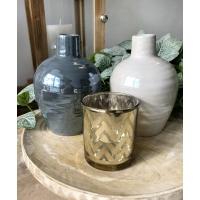 Vase en verre blanc, fini perle, 6 x 4 x 4''