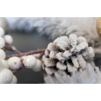 Guirlande de pin enneigée avec ornements 6'