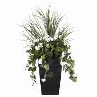Arrangement extérieur 40'' de dracaena et géraniums blancs