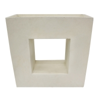 Off white modern fiberglass planter 27 x 11,5 x 27''
