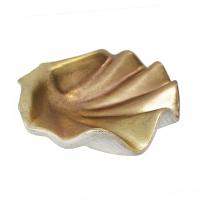 Coquillage doré décoratif 10 x 9,25 x 3,5''