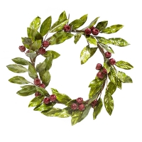 14'' Shiny foliage and berry wreath