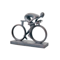 Cycliste en résine noire