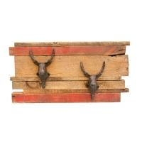 Duo de crochets sur bois de grange