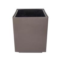 Pot cubique en plastique brun, int./ext. 10,5''