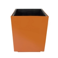 Pot cubique en plastique orange, int./ext. 10,5''