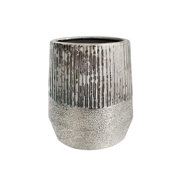 vase en c ramique argent textur e 7 x 4 x 9 39 39 d cors v ronneau. Black Bedroom Furniture Sets. Home Design Ideas