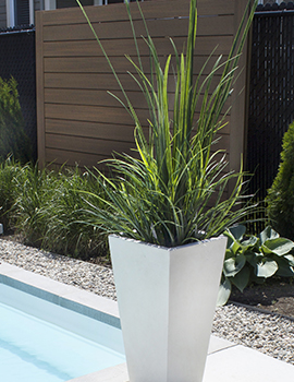 Choix de plantes et fleurs artificielles et d accessoires for Plantes artificielles terrasse